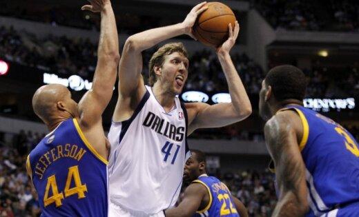 NBA čempionvienība 'Mavericks' četros mačos izstājas no šīs sezonas izslēgšanas turnīra