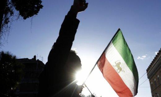 Irāna cer uz protestu izbeigšanos 'dažu dienu laikā'