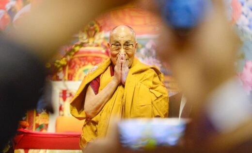 Духовным лидером буддистов будет женщина— Далай-лама