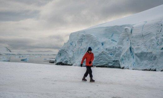 Krievu mākslinieks sarīko pirmo mākslas biennāli Antarktīdā