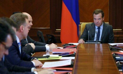 Medvedevs: jaunas ASV sankcijas būs 'ekonomiskā kara pieteikums'
