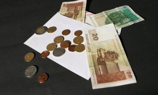 Pretrunīgie pensiju likuma grozījumi noguls Saeimas plauktos