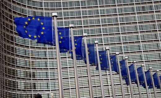EK dienestiem 'radušās bažas' par grozījumiem Latvijas lauksaimniecības zemes likumā