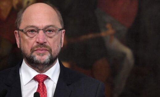 Оппонент Меркель ушел с поста главы партии