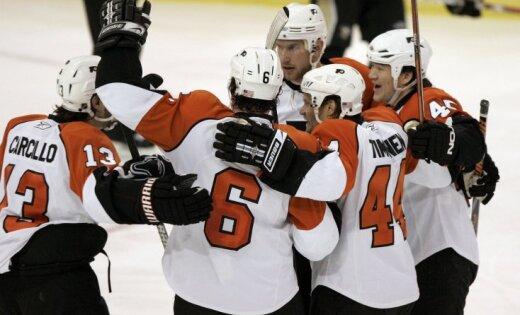 Bārtuļa pārstāvētā 'Flyers' komanda sasniedz Stenlija kausa otro kārtu