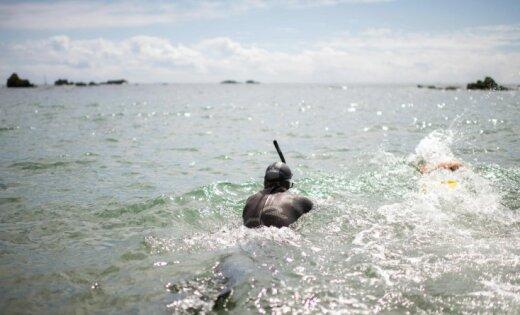 Через Тихий океан за180 дней: Бенуа Лекомт начал новый заплыв