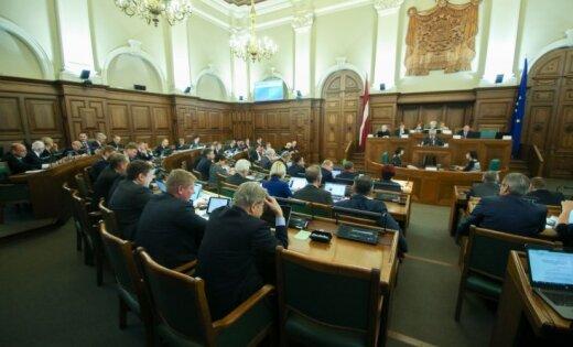 Депутаты Сейма заработали 395 000 евро