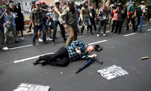 В Вирджинии объявлен режим ЧП после марша националистов