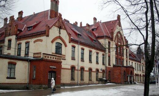В больнице Страдиня за 1,2 млн евро будет снесен старый корпус
