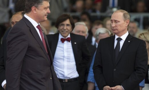 СМИ: Путин полетел в Киев на переговоры с Порошенко