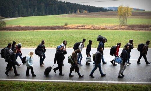 Vācijā 2016. gadā ieradušies par 600 tūkstošiem mazāk patvēruma meklētāju nekā aizpērn
