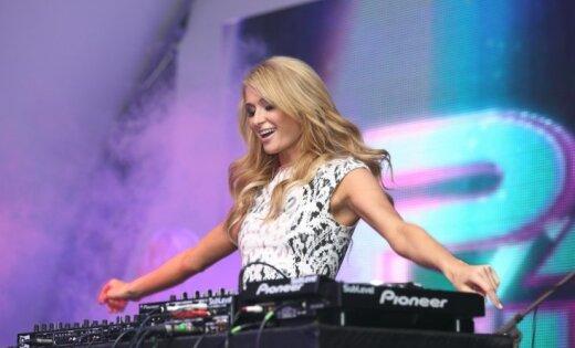 Piecgades leģendārākā diskotēka: kā Parisa Hiltone savulaik Jūrmalu pierībināja