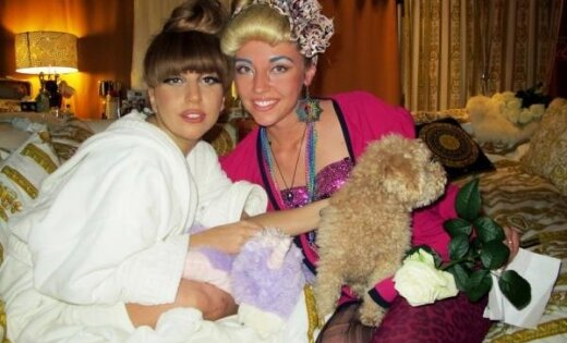 Latviešu dziedātāja sadraudzējas ar Lady Gagu