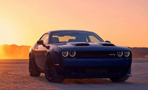 'Dodge' radījis 808 ZS muskuļauto, kas kurina piecus litrus benzīna minūtē