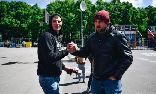 Раймонд Элбакян пробует новое хобби – Стантрайдинг