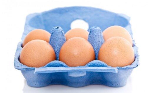 'Maxima Latvija' varētu atteikties no sprostos dētu vistu olu tirgošanas