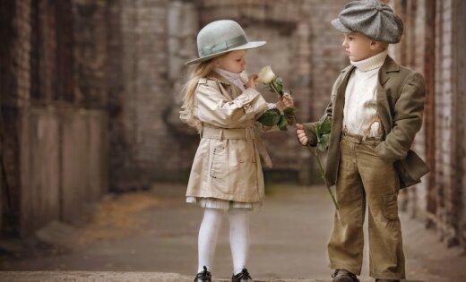 Aktuāli arī mūsdienās: astoņi bērnu audzināšanas principi no aristokrātu laikiem