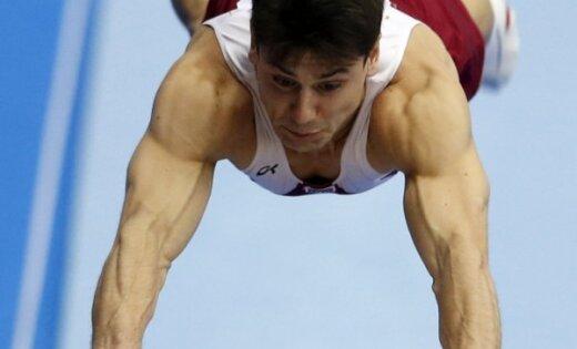 Vingrotājs Kardašovs ieņem 12.vietu Eiropas čempionātā atbalsta lēciena sacensībās