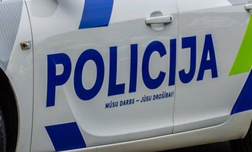 В трагическом ДТП на трассе Рига-Лиепая погибли 19-летний юноша и 18-летняя девушка