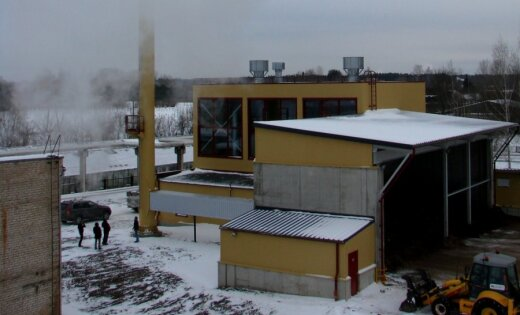 Salaspilī siltumu ražo jaunā šķeldas katlu māja