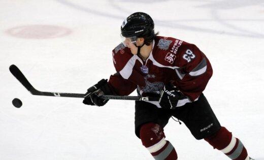 'Rīga' nenosargā divu vārtu pārsvaru, bet uzvar pēcspēles metienos