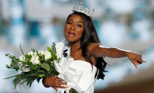 Титул «Мисс Америка— 2019» завоевала Ниа Имани Франклин изНью-Йорка