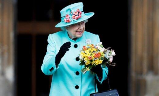 Arhīva foto: Karalienei Elizabetei II – 91