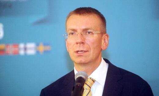 Руководитель МИД Латвии призвал депутатов строить сильную страну