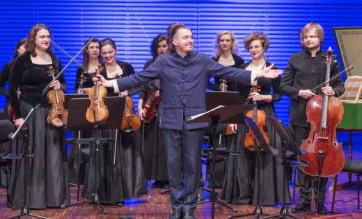 Foto: Baroka vijoles meistars Dmitrijs Sinkovskis Liepājā