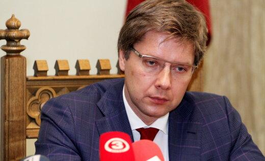 VVC soda Ušakovu par sarunāšanos ar 'ēnām' krieviski