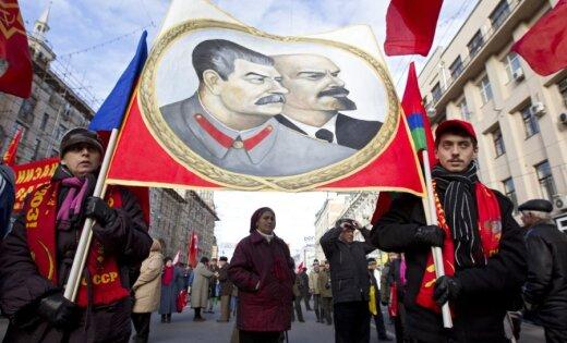 Latvija PSRS kasē iemaksāja vairāk nekā no tās saņēma, ziņo raidījums