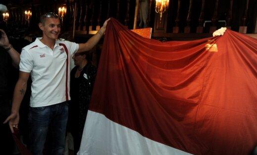 Latvijas karognesējs Londonas olimpiskajās spēlēs būs Mārtiņš Pļaviņš