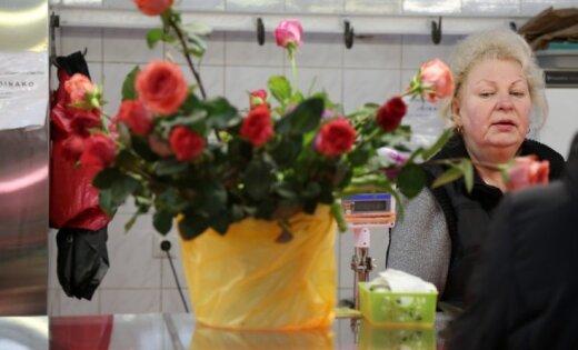 Foto: Sieviešu dienas svinības un noskaņas Centrāltirgū