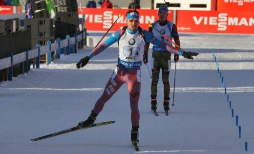 Šipuļins izrauj uzvaru Krievijai PK posma stafetes sacensībās biatlonā; Latvijai 22. vieta