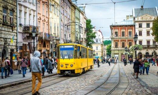 Мэр Львова советуется с Эстонией, что делать с мемориалом советским воинам