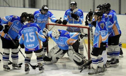'Ozolnieki/Monarch' svin astoto uzvaru Latvijas atklātajā hokeja čempionātā