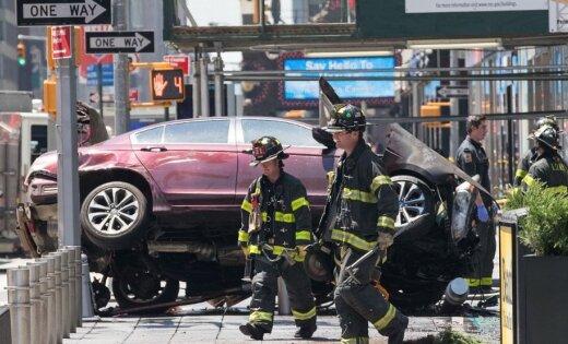Наехавшему на пешеходов в Нью-Йорке водителю предъявлено обвинение
