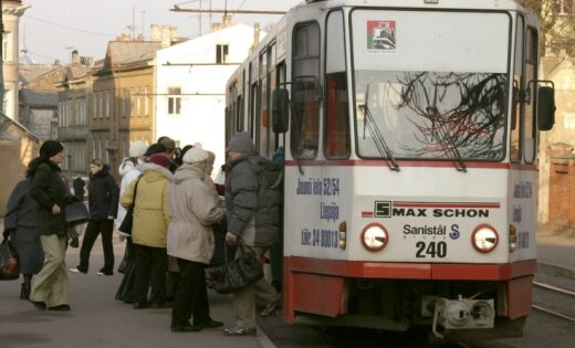 Liepājā sākta jaunā tramvaja līnijas izbūve
