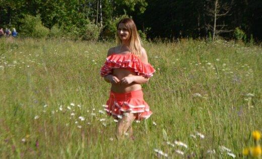 'Lauku sētas' valdzinātāja Vita: meitenes māc dziļa greizsirdība