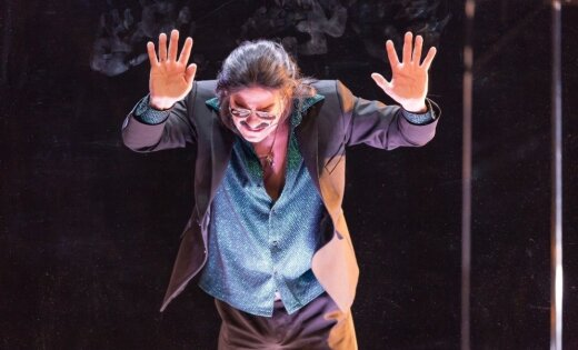 Jāklis pusmūžā ar trusīša vārdu – traģiskais (anti)varonis Bannijs Dailes teātrī