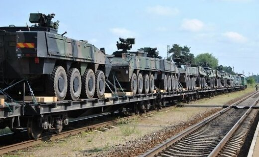 Шоппинг по-балтийски: Литва потратит нанемецкие БТР 386млневро (6)