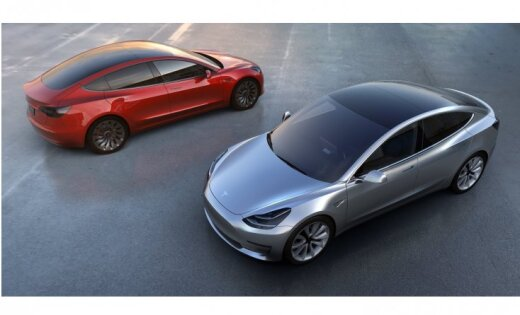 Резко выросли убытки Tesla: продажи электромобилей не оправдали ожиданий