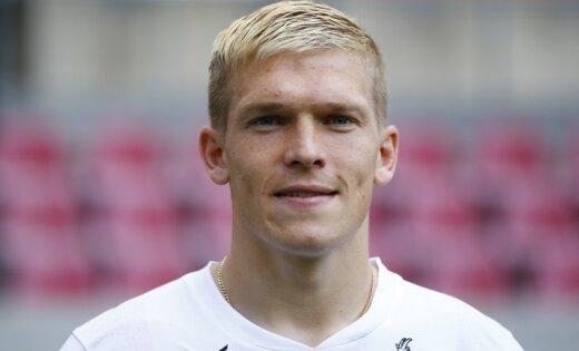Futbolista Rudņeva ģimenē piedzimis dēls