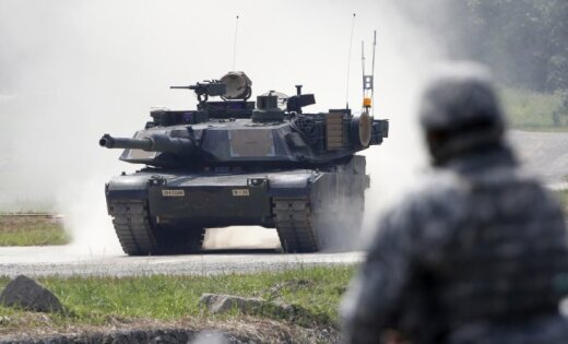 США впервые направят в Балтию танки