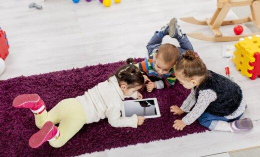 Bērna ekrānlaiks: kad ir par daudz un kā to samazināt