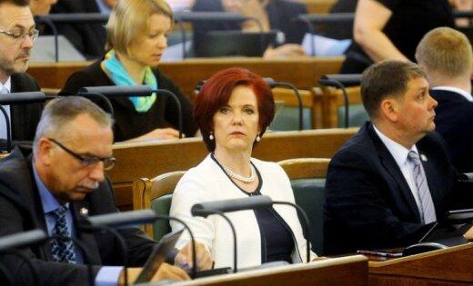 Аболтиня раскритиковала налоговую реформу: министерствам дали сотни заданий и всего неделю времени