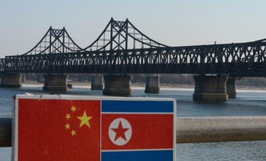 Četriem Ziemeļkorejas sankcijas pārkāpušajiem kuģiem liedz piestāt visās pasaules ostās
