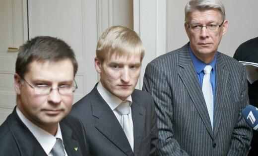 Lielo pilsētu vadītāji brīdina amatpersonas par gatavību prasīt Sprūdža demisiju