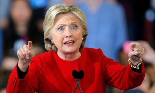 """Клинтон заявила о """"личной вендетте"""" Путина против нее"""