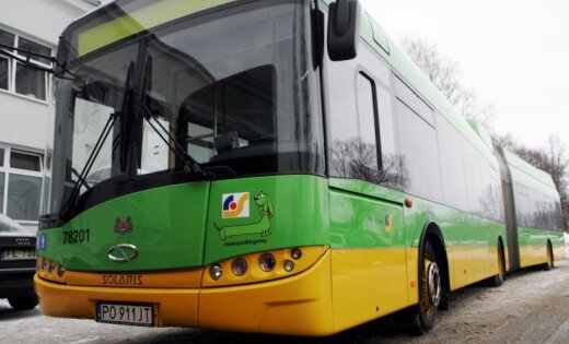 'Solaris' 'Rīgas satiksmei' prezentē autobusu ar samazinātu degvielas patēriņu